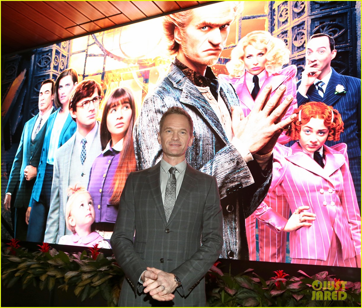 neil patrick harris will look back at series of unfortunate events 04