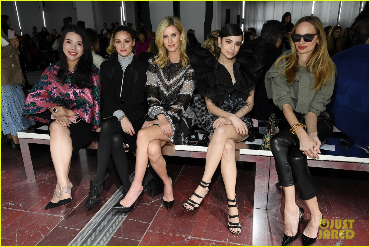 amber heard janelle monae buddy up at giambattista valli paris fashion show 11