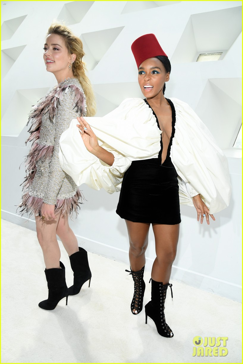 amber heard janelle monae buddy up at giambattista valli paris fashion show 16