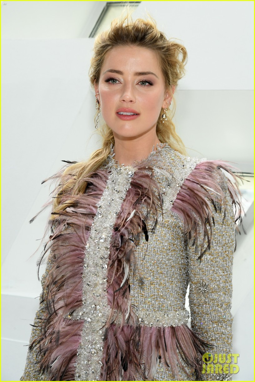 amber heard janelle monae buddy up at giambattista valli paris fashion show 20