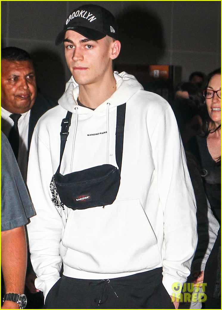 hero fiennes tiffin arrives in brazil for after premiere 044257329