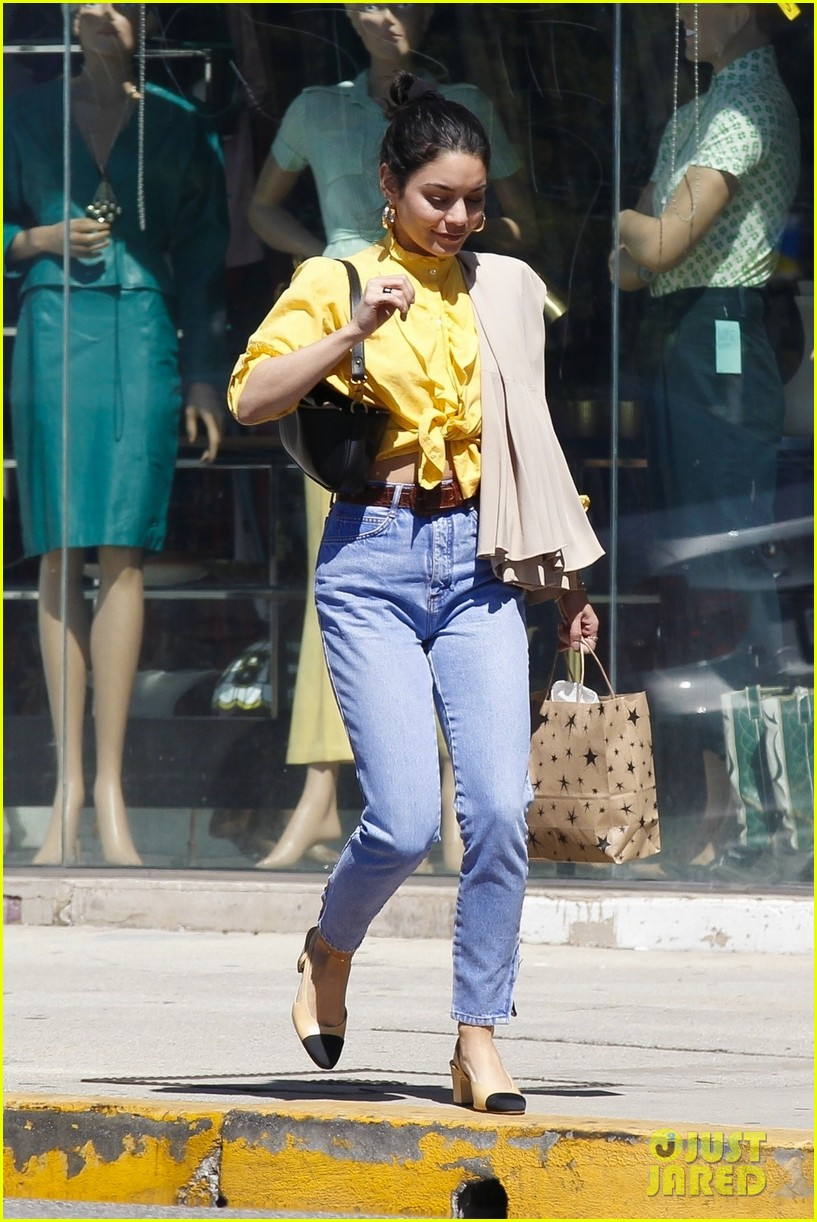 vanessa hudgens shopping trip 05