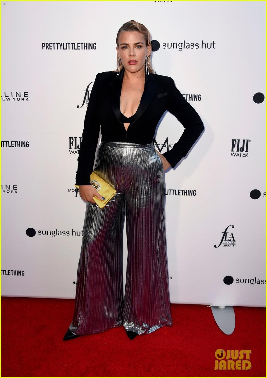 kate hudson joins james marsden daily front row fashion awards 054258433