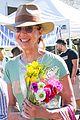 allison janney buys flowers at farmers market in studio city 04
