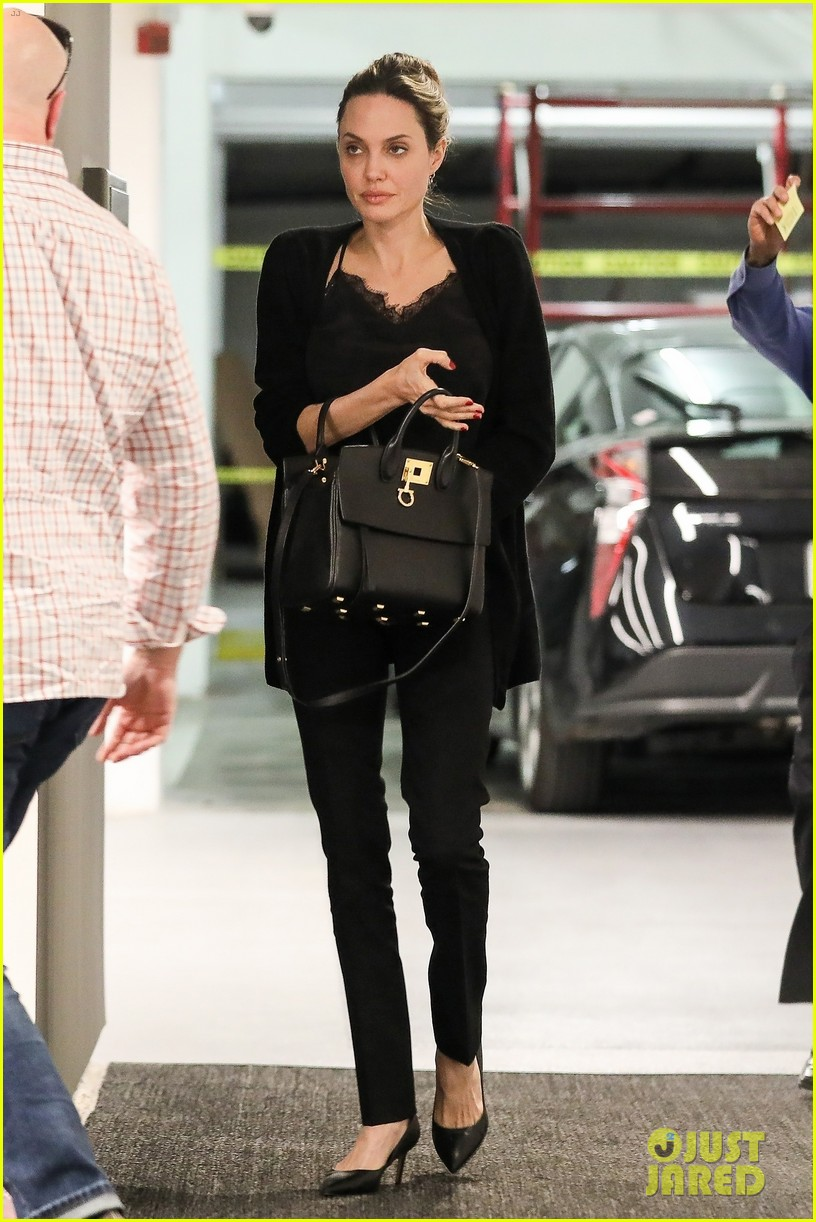 angelina jolie starts off her day meeting in beverly hills 034257338