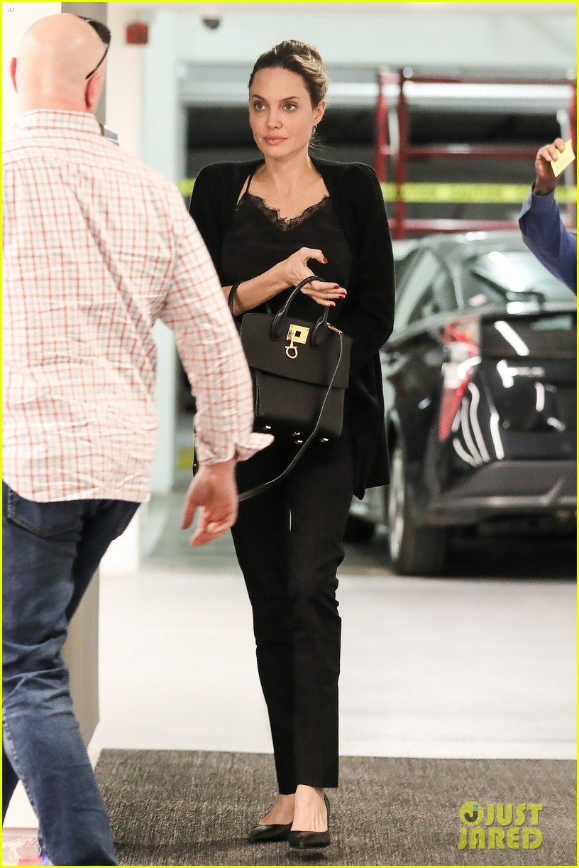 angelina jolie starts off her day meeting in beverly hills 054257340