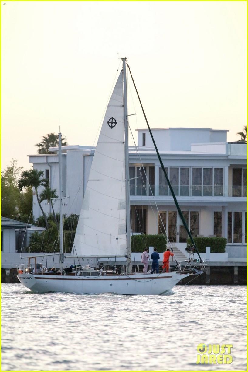 jonas brothers film boat 304262118