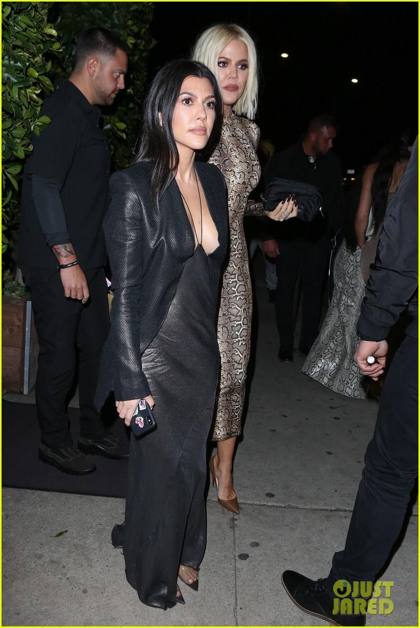 kim kardashian khloe kardashian kourtney kardashian kylie jenner dinner 10