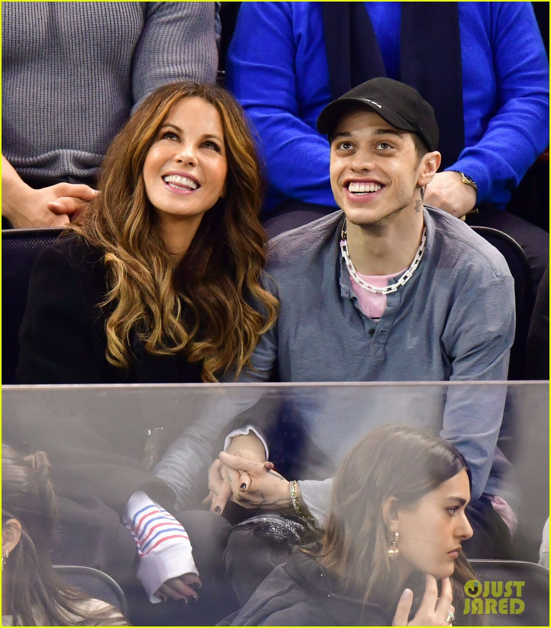 pete davidson kate beckinsale pack on the pda at hockey game 06