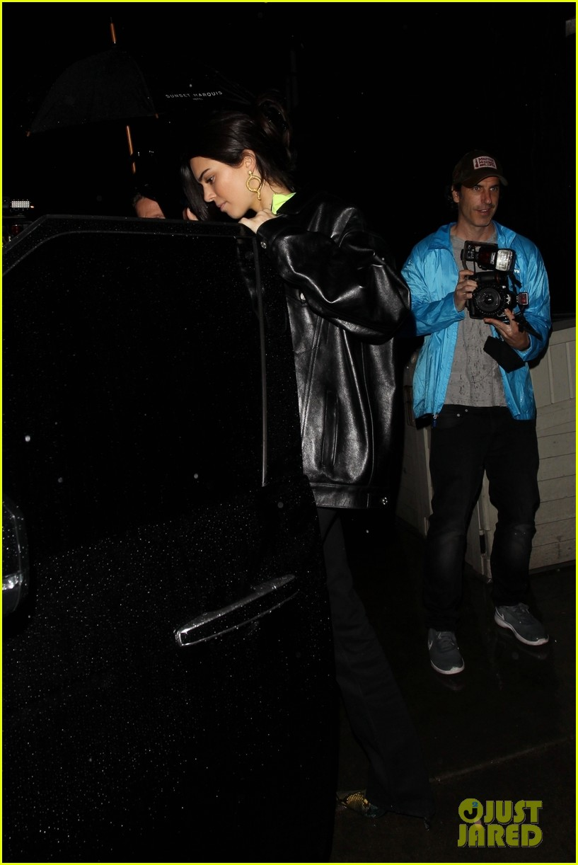 kendall jenner steps out birthday party in la 03