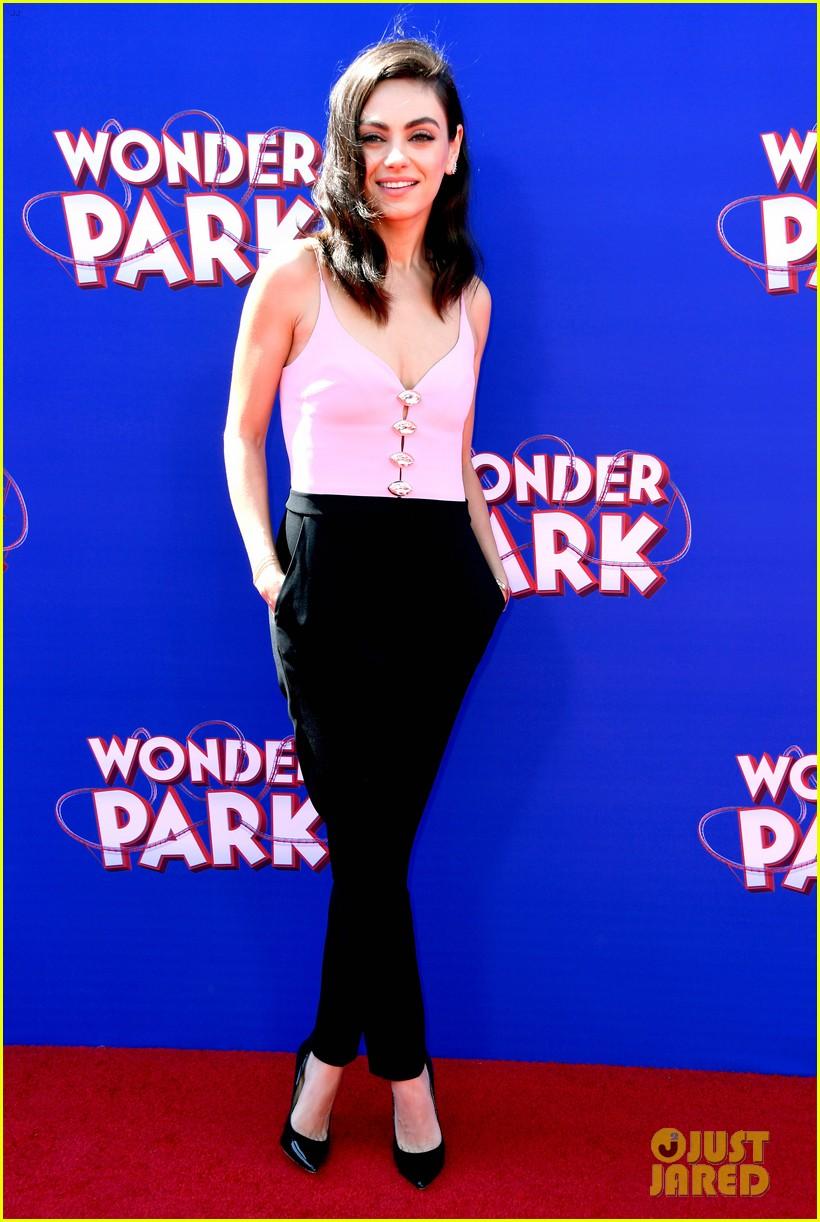 mila kunis ken jeong premiere wonder park in la 014254525