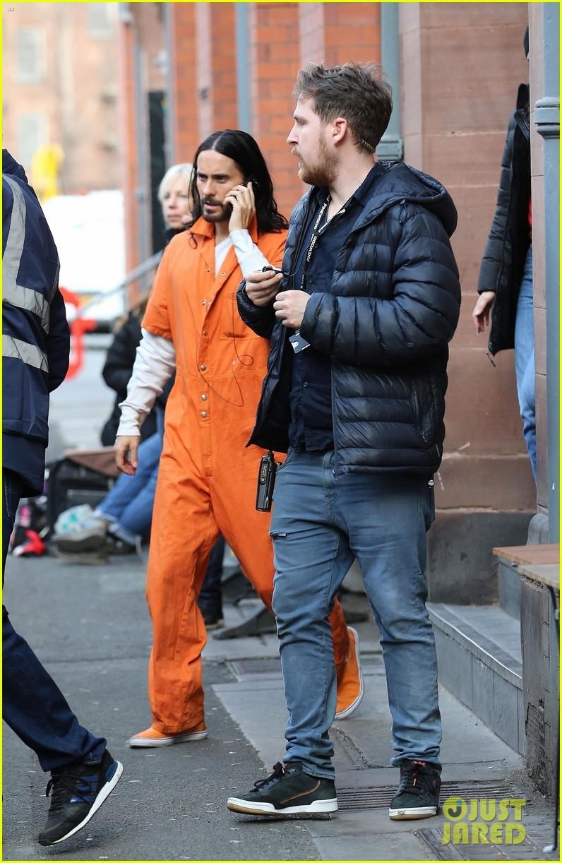 Morbius Set Photos >> Jared Leto Wears Orange Jumpsuit On Morbius Set Photo
