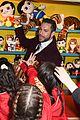 zachary levi shazam funfair photocall 03