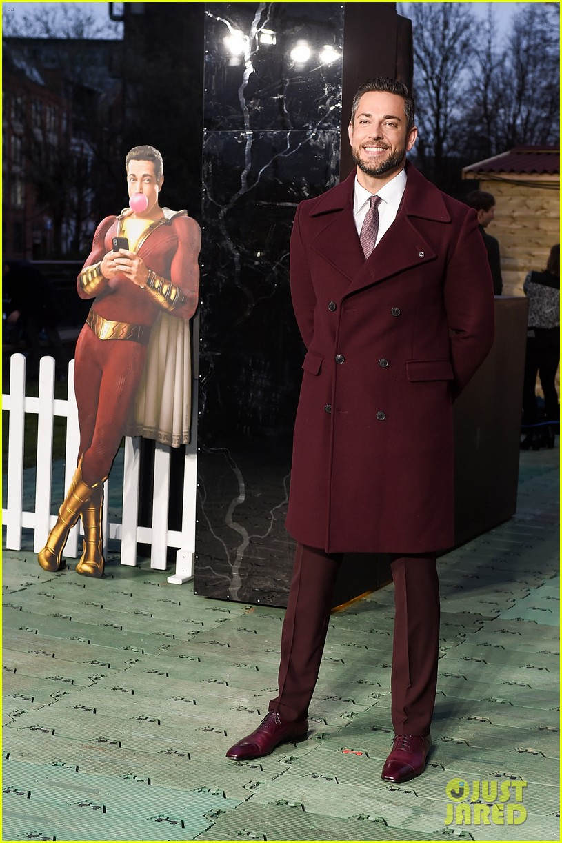 zachary levi shazam funfair photocall 044260129