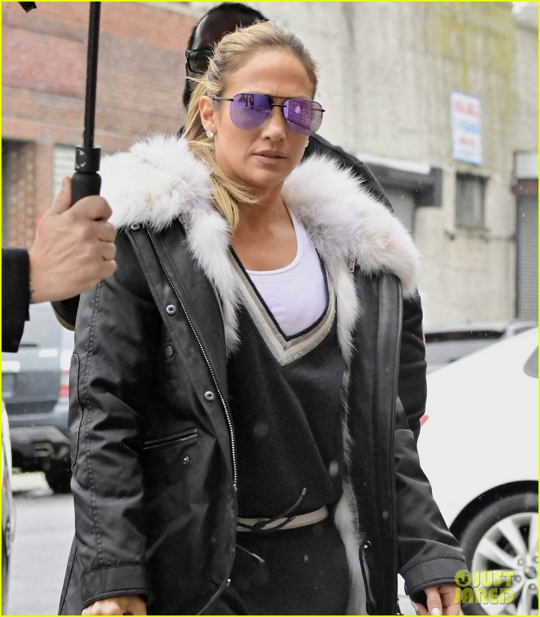 jennifer lopez heads to a studio in nyc 024260762