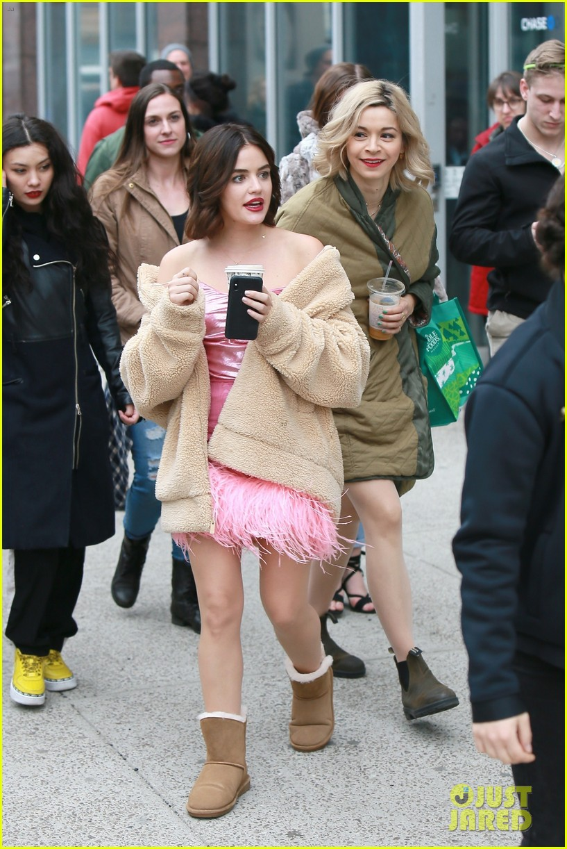 lucy hale ashleigh murray katy filming nyc 024262738