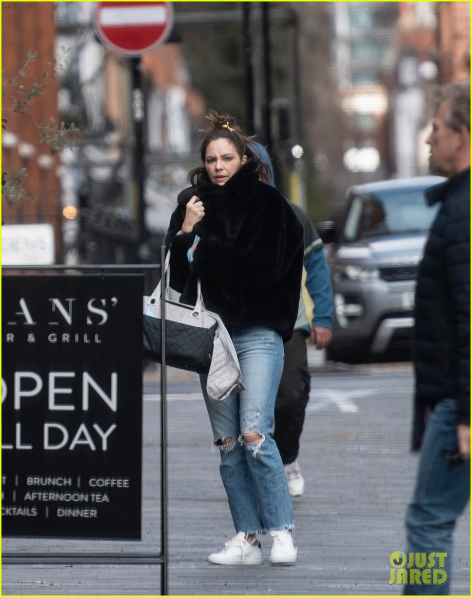 katharine mcphee steps out in london 02