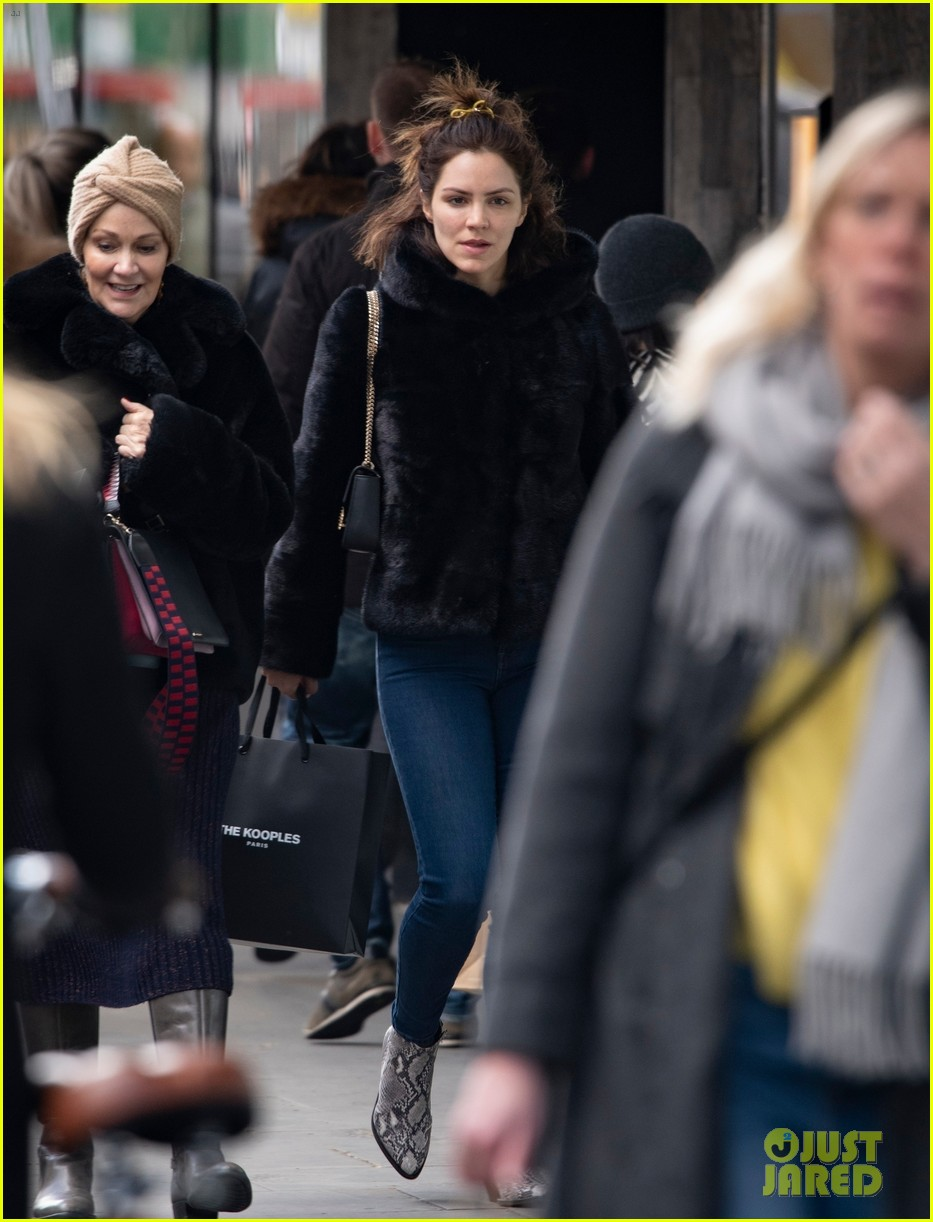 katharine mcphee steps out in london 03