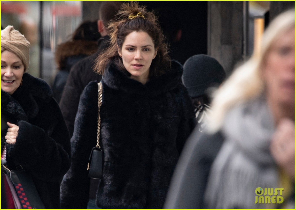 katharine mcphee steps out in london 04