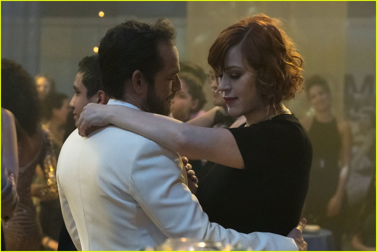 molly ringwald tribute luke perry 044251329