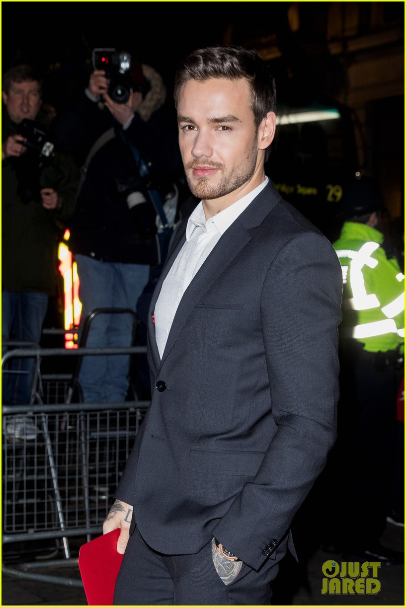 liam payne joins kate moss at portrait gala 024255965