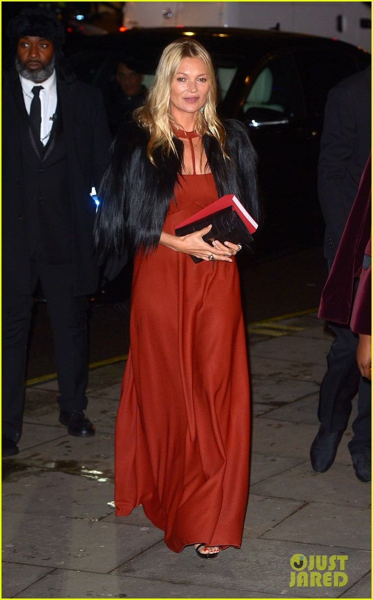 liam payne joins kate moss at portrait gala 144255977