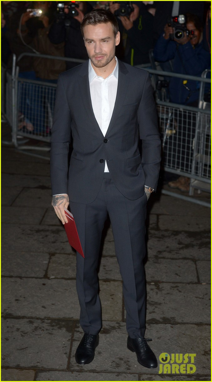 liam payne joins kate moss at portrait gala 154255978