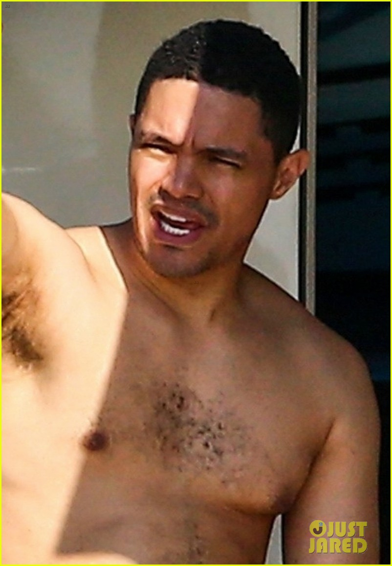 trevor noah goes shirtless on yacht in miami 024258083