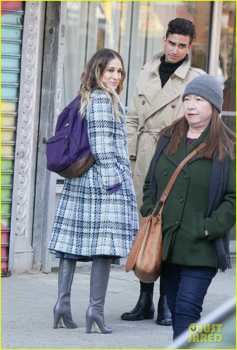 sarah jessica parker makes five outfit changes on last day of divorce filming 09