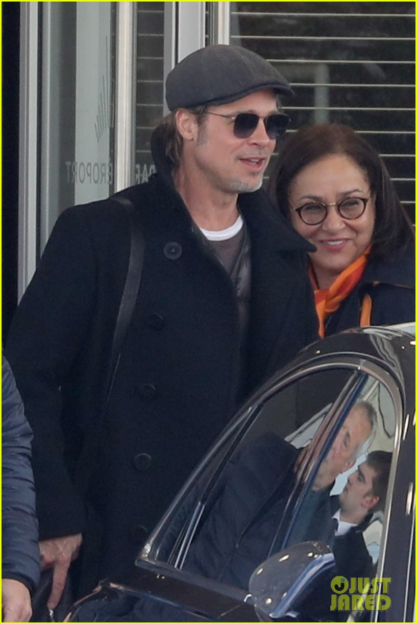 brad pitt arrives in paris france 024254794
