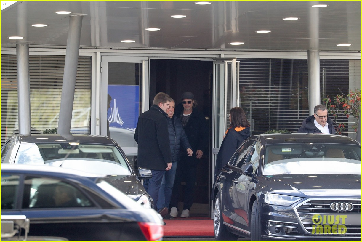 brad pitt arrives in paris france 124254804