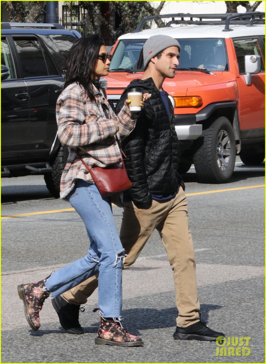 tyler posey sophia ali step out in vancouver 02