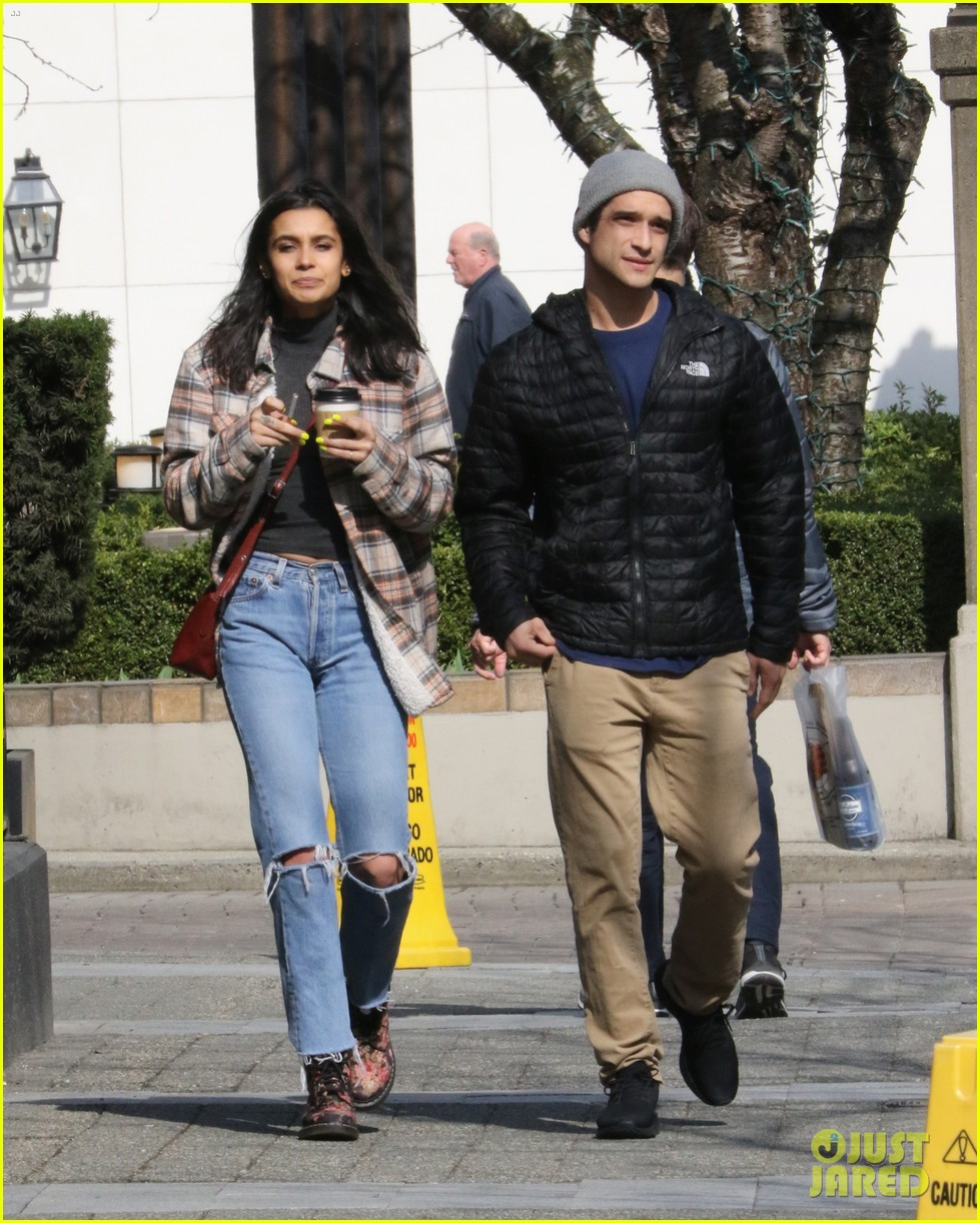 tyler posey sophia ali step out in vancouver 04