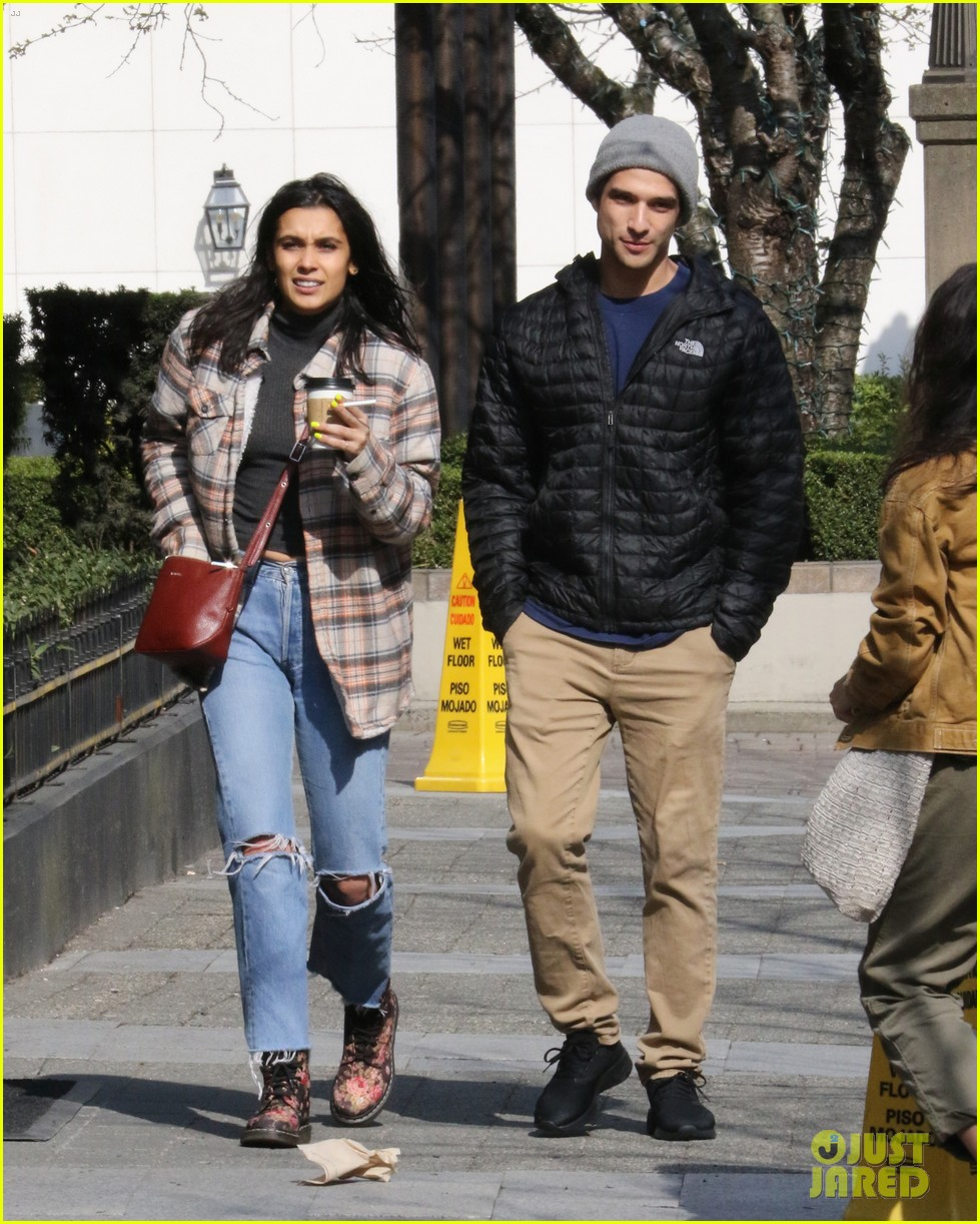 tyler posey sophia ali step out in vancouver 05