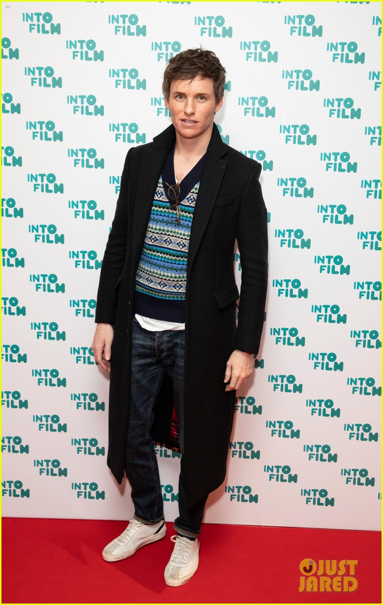 eddie redmayne lily james celebrate young filmmaking talent at into film 01