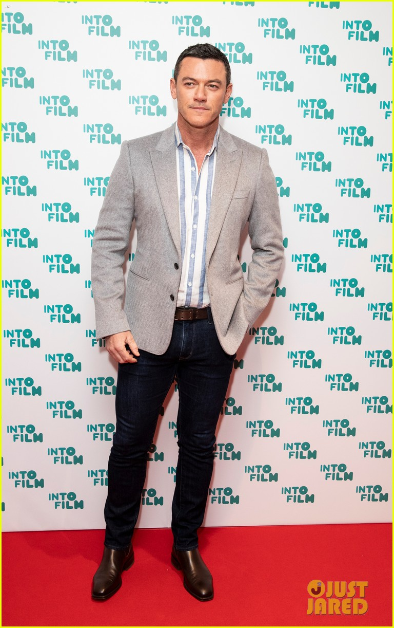 eddie redmayne lily james celebrate young filmmaking talent at into film 16
