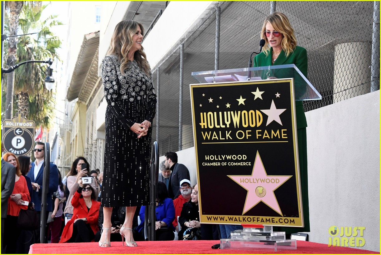 rita wilson hollywood walk of fame ceremony 09