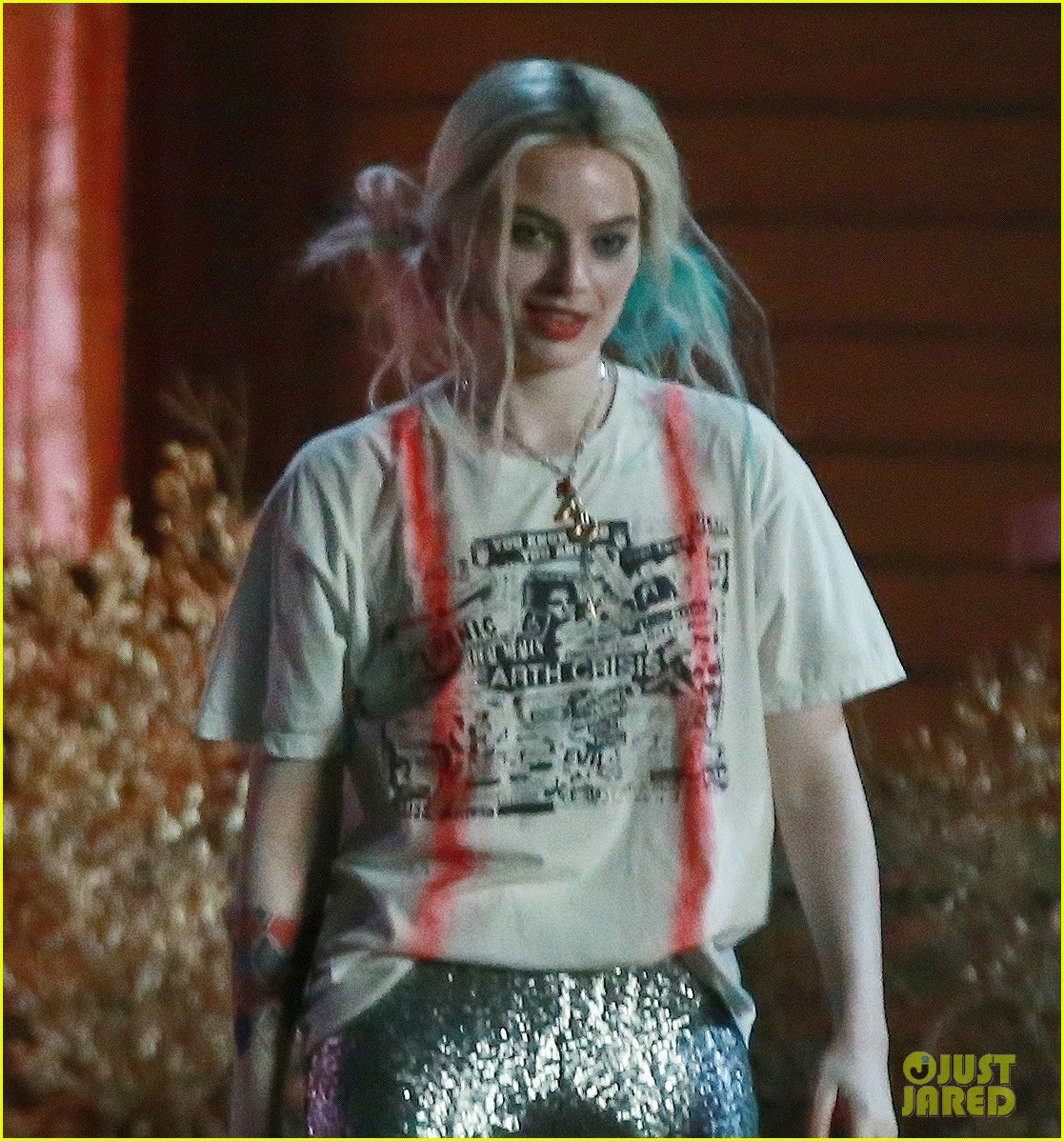Margot Robbie Films Harley Quinn Joker Breakup Scene For Birds Of Prey Movie Photo 4264944 Birds Of Prey Margot Robbie Pictures Just Jared