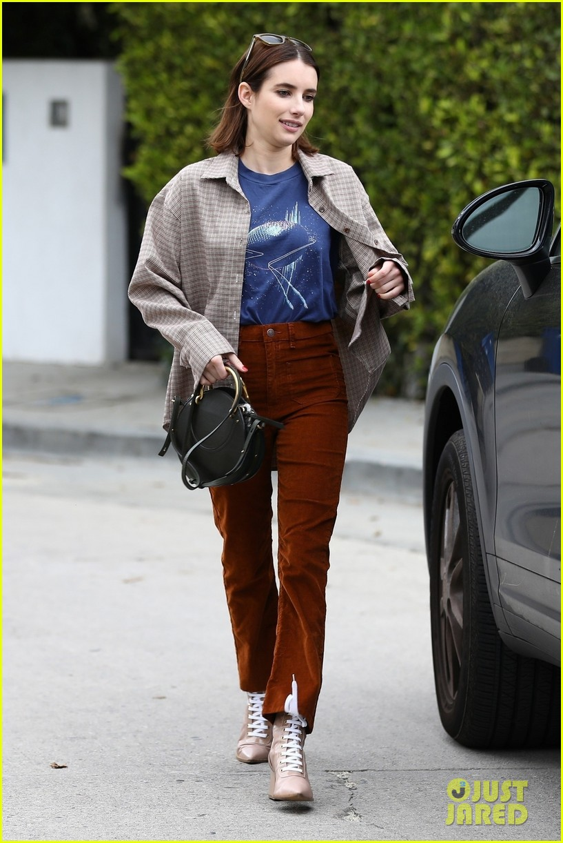 emma roberts steps out after dating update 014260750