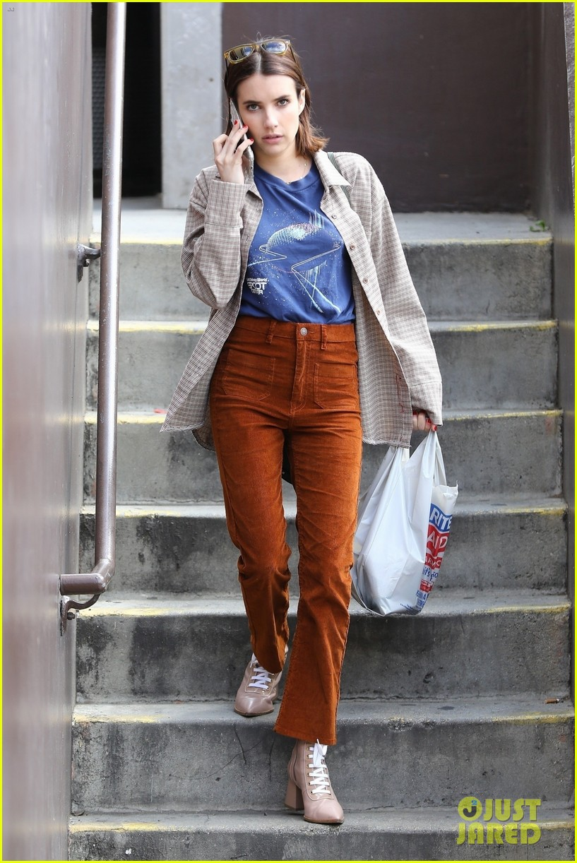 emma roberts steps out after dating update 044260753