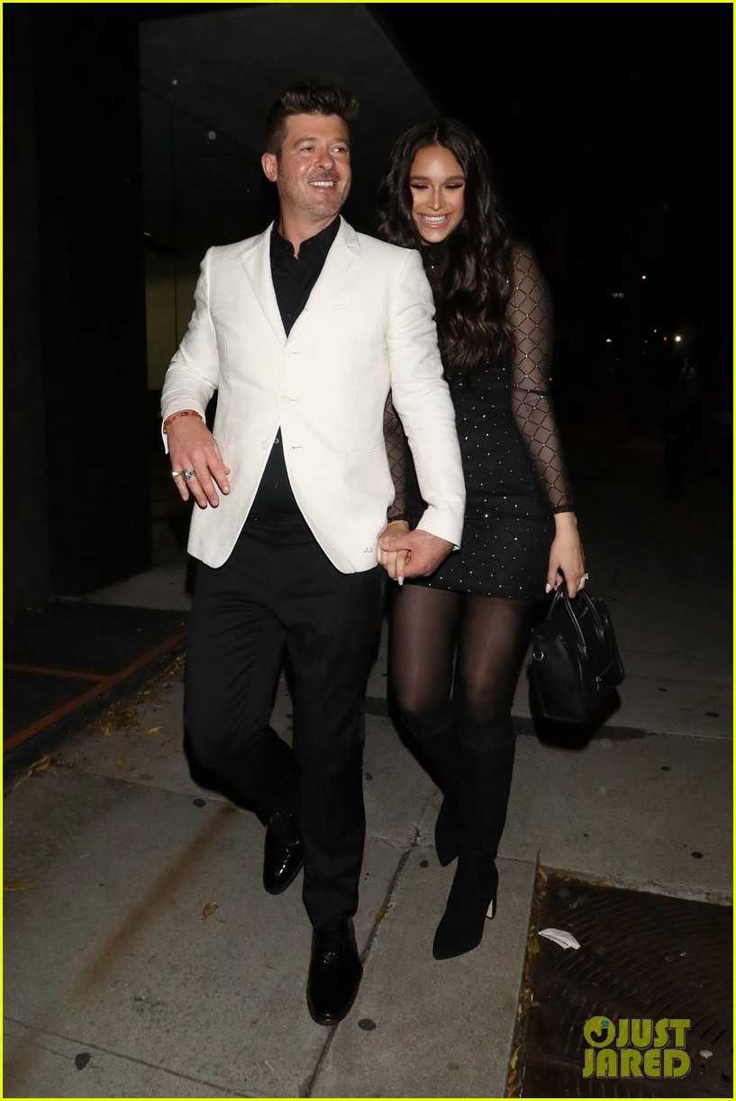 robin thicke april love geary couple up for night out 034255311