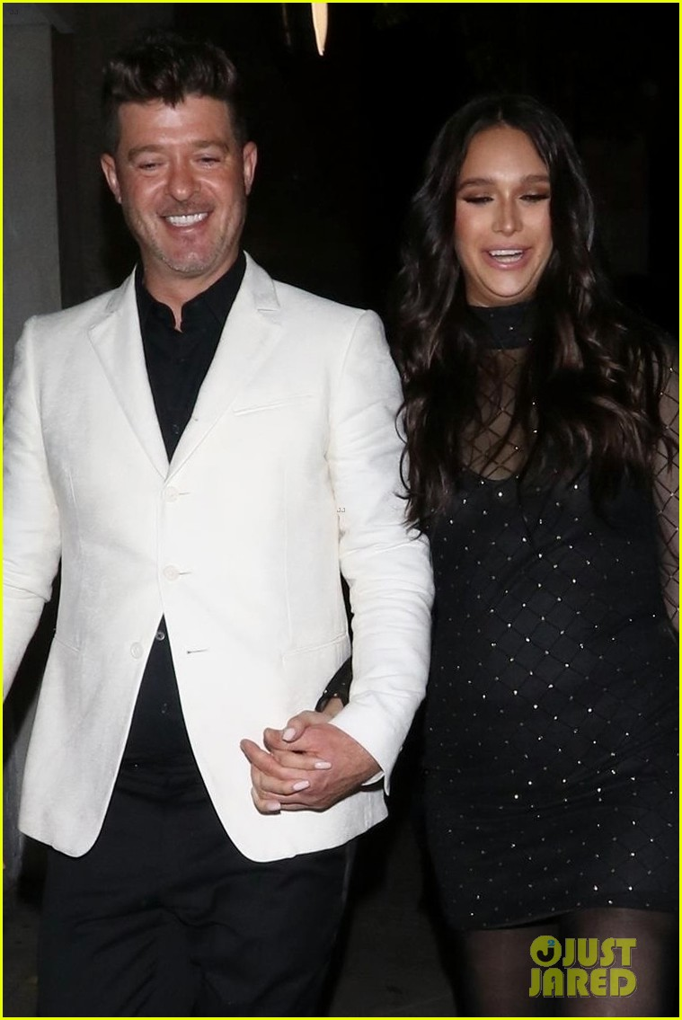 robin thicke april love geary couple up for night out 044255312