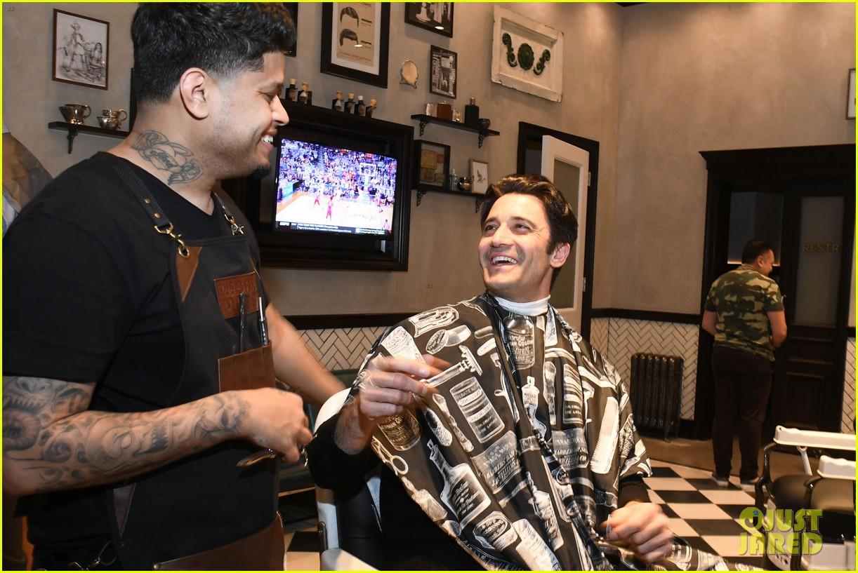 gavin rossdale annalynne mccord more celebrate the barbershops grand opening 10