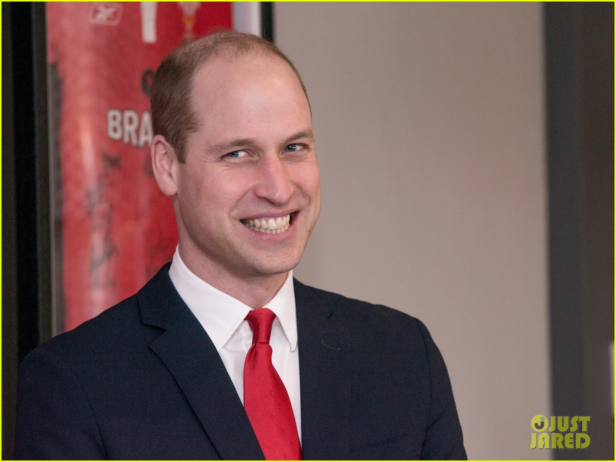 prince william takes tour of new brains dragon brewery in wales 01