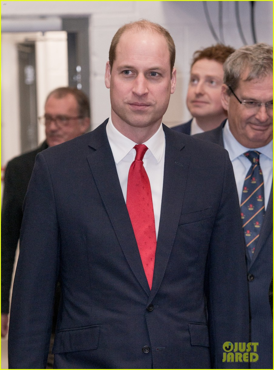 prince william takes tour of new brains dragon brewery in wales 10