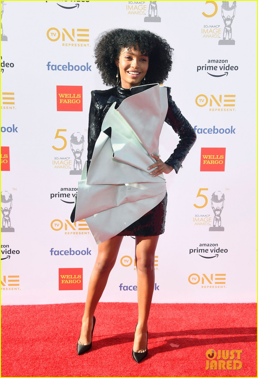 yara shahidi laura harrier logan browning naacp image awards 034265144
