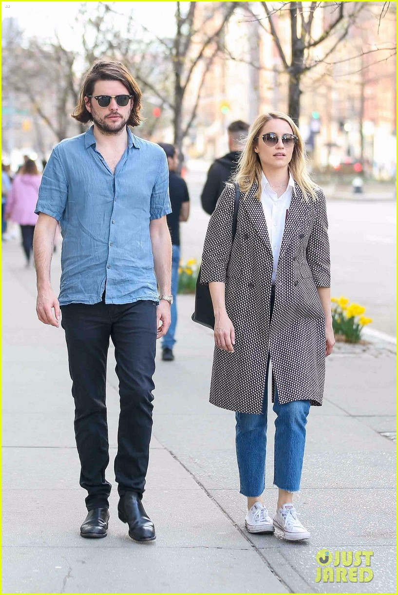 dianna agron and husband winston marshall take a stroll in nyc 01