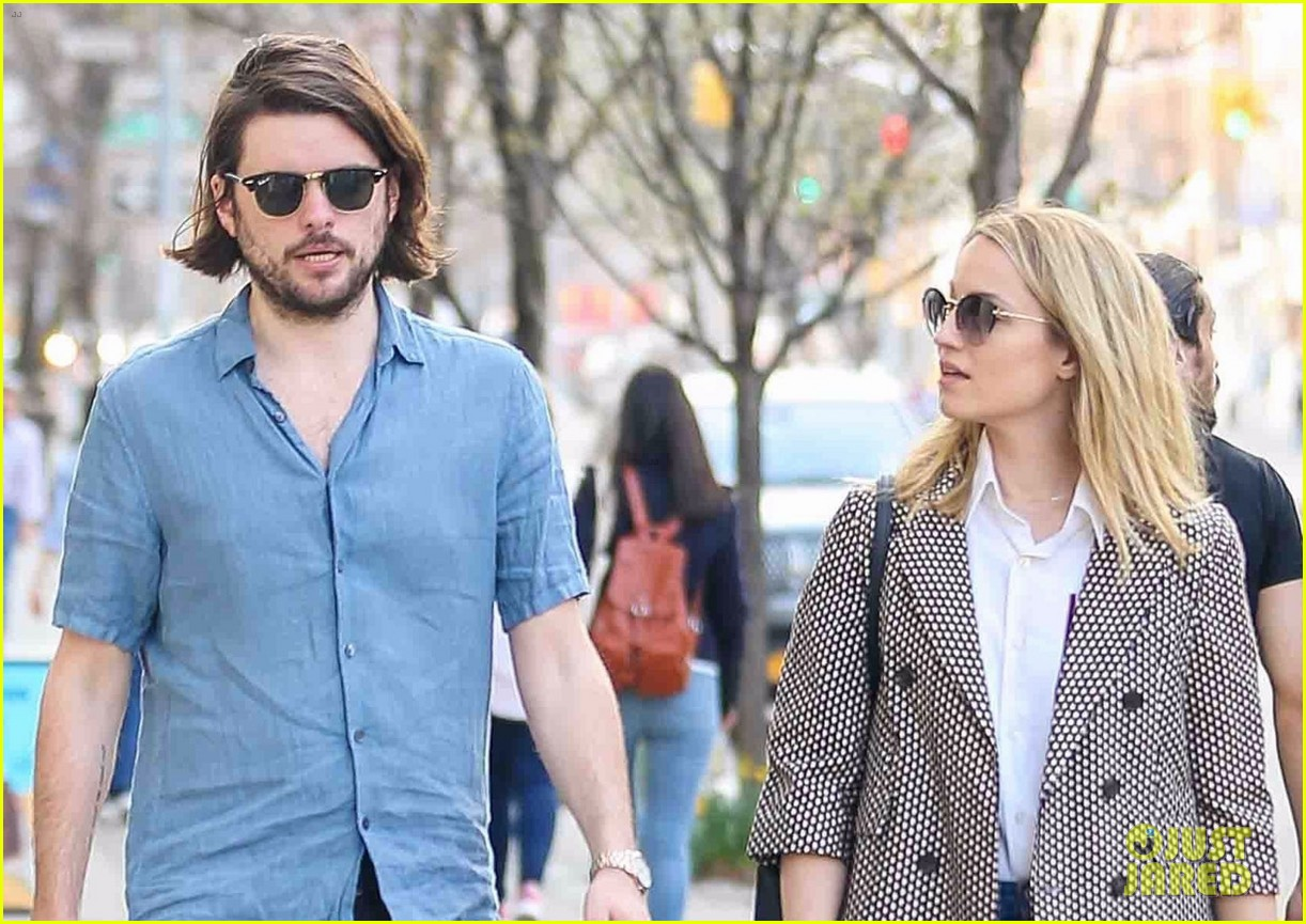 dianna agron and husband winston marshall take a stroll in nyc 02