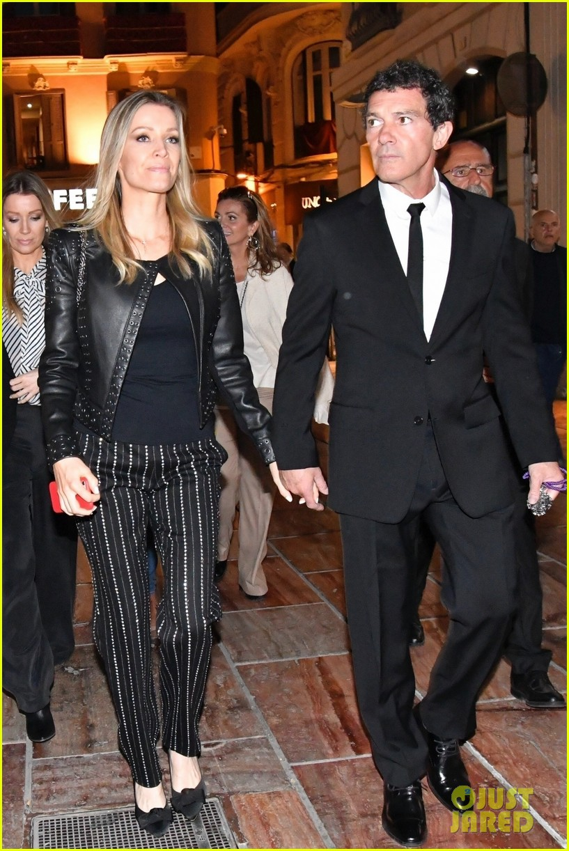 antonio banderas nicole kimpel step out during holy week in spain 08