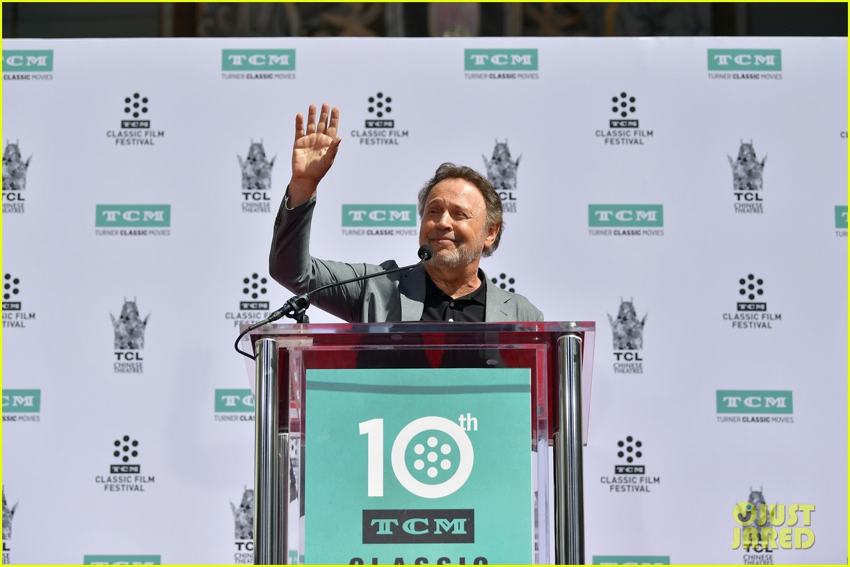 billy crystal hand and foot ceremony hollywood 114272086